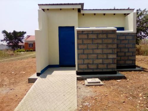 4 stance latrine at Mungula HC
